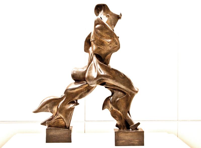Forme uniche della continuità nello spazio (1913) Umberto Boccioni